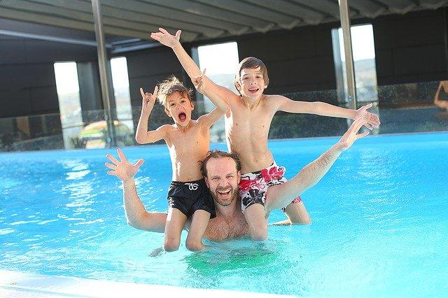 Vacances piscines famille